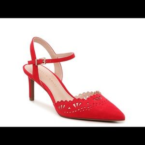 NWT Kelly & Katie Red Faux Suede Zabell Pump